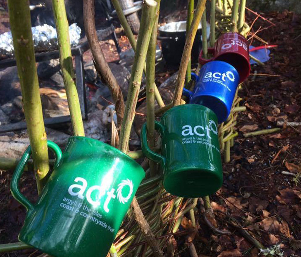 act now mugs